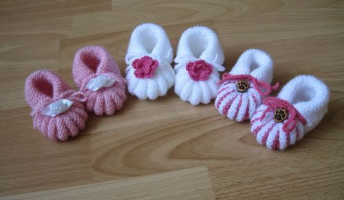 Glad I knit: Baby shoes...for English use translate tab at top of page