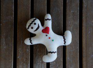 Gingerbread man stuffed toy. White Xmas gingerbread plushie. Gingerbread Stuffed plush. Christmas white gingerbread man decor.  Cookie man