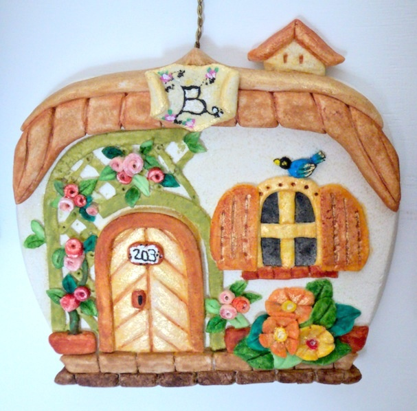 *sweet little house*
