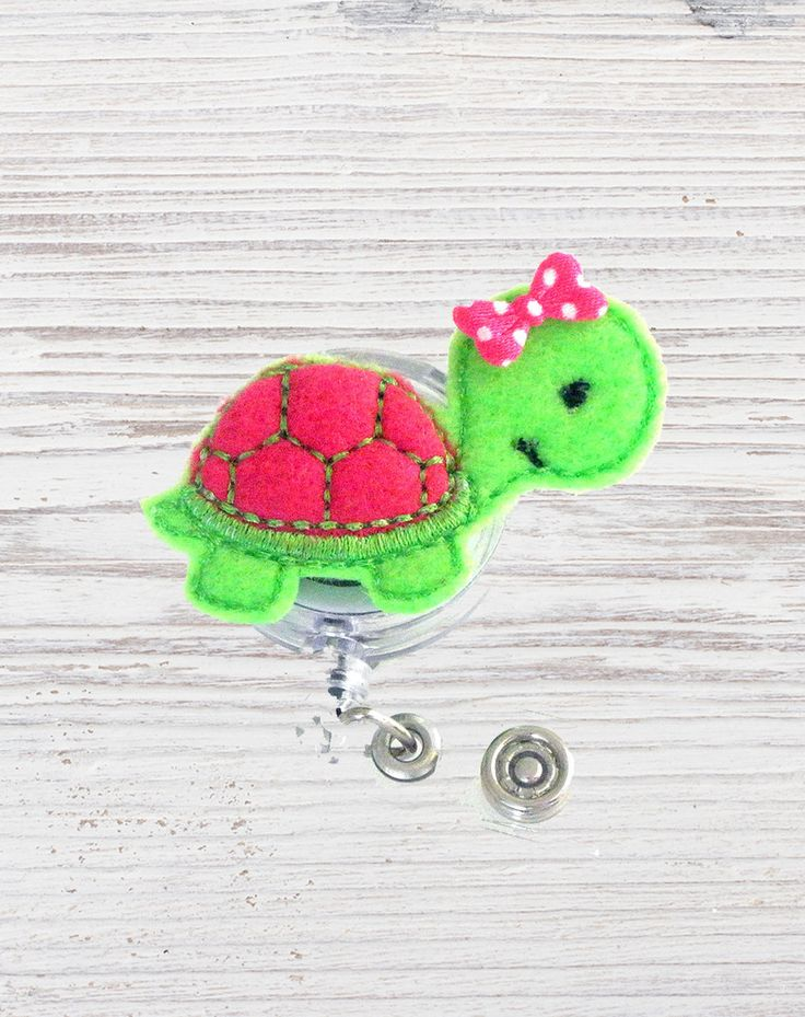 Nurse Badge Reel | Turtle Felt Badge Reel | Badge Reel | Felt Applique | Retractable ID Badge Holder | Nurse Badge | CNA Badge by CuteBadges4You on Etsy