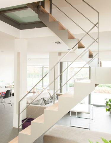 78 best binnendeuren en trappen images on pinterest - Foto moderne trap ...