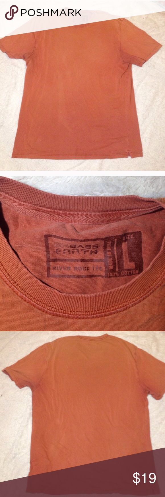 ❤️MAKE OFFER orange men's large short sleeve top G.H. Bass men's large burnt orange shirt w short sleeves. Super soft and comfortable ! Bass Shirts Tees - Short Sleeve