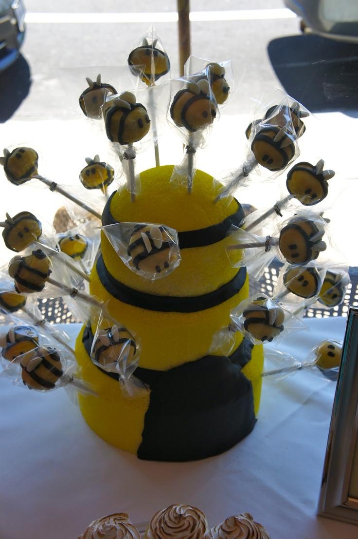 Best 25 Bee Cake Pops Ideas On Pinterest Bee Food Bee