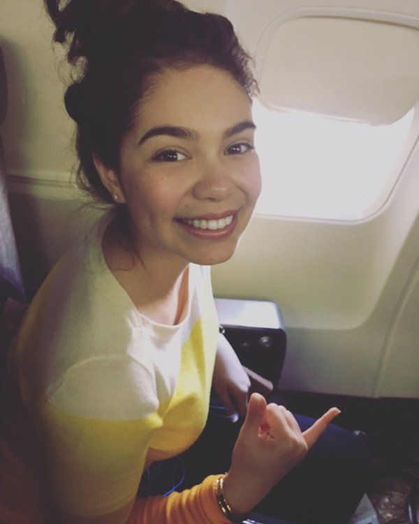 Auli'i Cravalho Love this beautiful Lady! Such a natural beauty and her attitude draws people in! May she stay safe in Hollywood and remain pure and Beyoutifully herself
