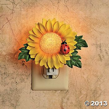 Best 20 Sunflower Home Decor Ideas On Pinterest Spring Decorations Summer Wreath And How To