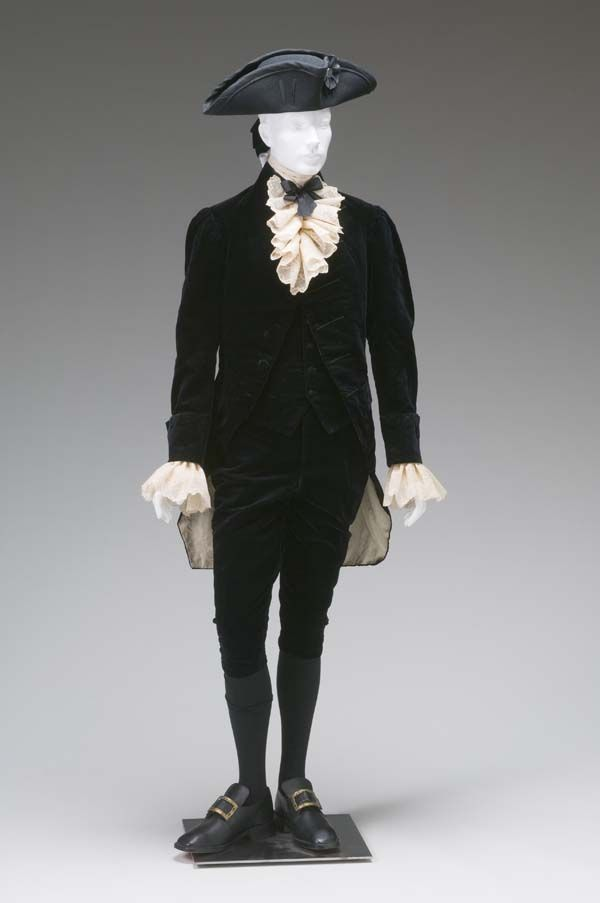 Gentleman's three-piece formal suit with attached wig bag and lace cuffs, c. 1780, Great Britain?