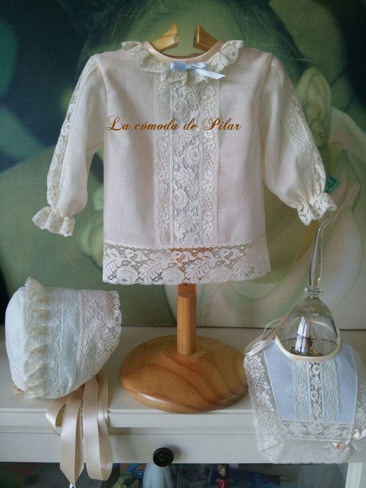 Blusa bebe en batista suiza, enajes de alençon y valencienne, colección a juego, diseño y confección propios, hecho en España http://www.lacomodadepilar.com/ http://lacomodadepilar.blogspot.com.es/ https://www.facebook.com/lacomoda.depilar