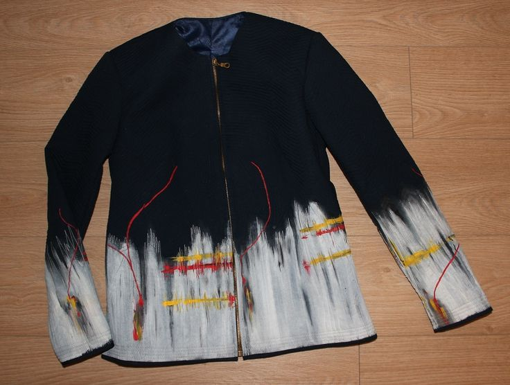 Handmade by Renata Vespa. Technique: painted, quilted, jacket, sewn