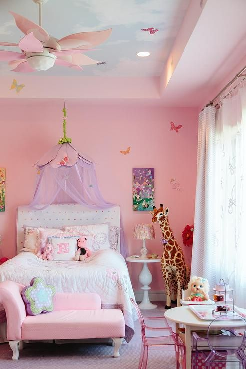 17 best ideas about pink princess room on pinterest for Baby princess bedroom ideas