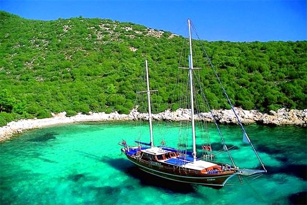 Cruise the Med, Ephesus to Athens in a chartered gulet in November. Turkey for Thanksgiving, killing 2 birds w/ 1 stone. #Dream #yacht #turkey www.switchfly.com