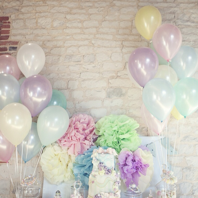 Cute pastel balloons