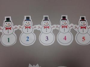 Flannel Friday: 5 Little Snowmen