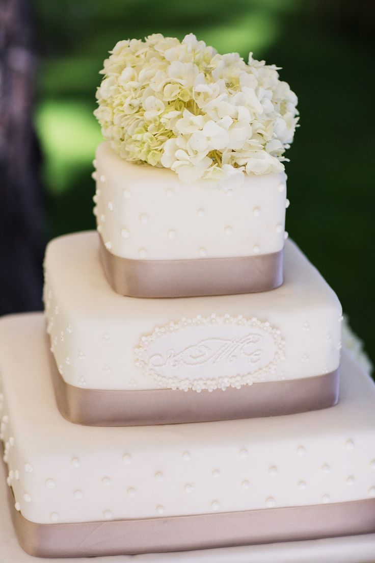 wedding bakeries in sacramento ca%0A Lake Tahoe Wedding from Merrily Wed