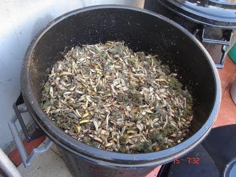 Cómo reciclar la basura y convertirla en COMPOST, abono ecológico. Huert...