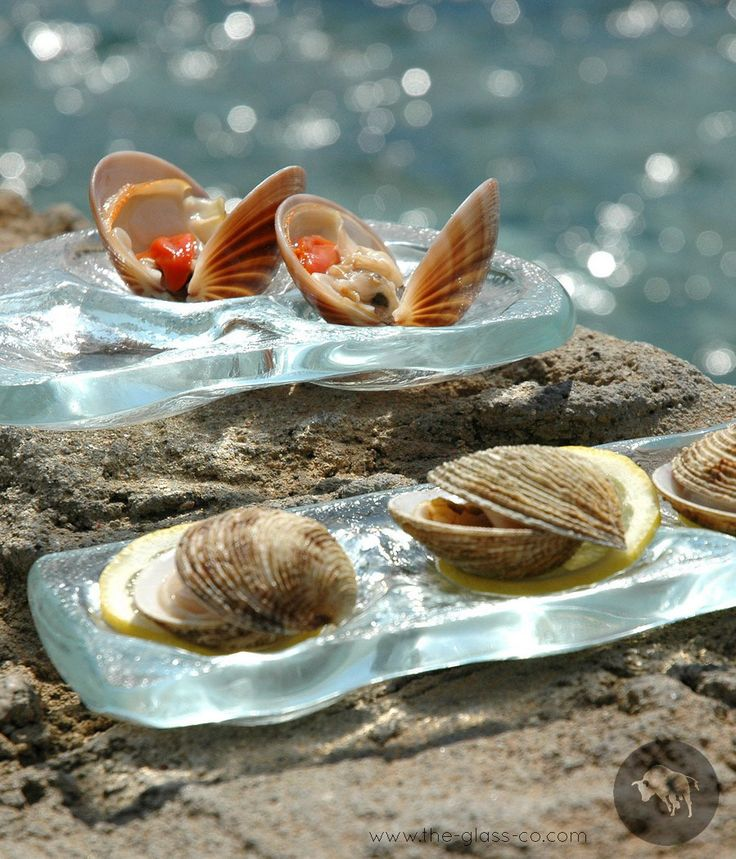 #Oyster #Plates Oyster glass plates handmade by www.the-glass-co.com