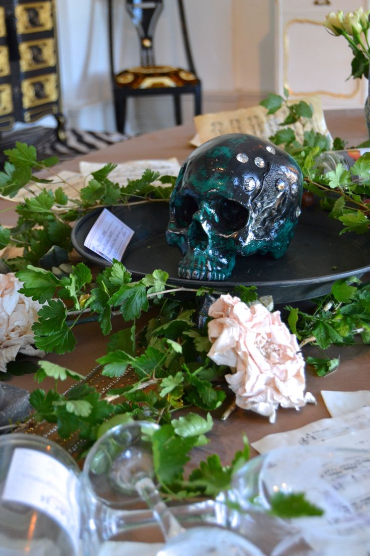 MOZART EXHIBITION 2013 www.mercedesmurat.com #skull
