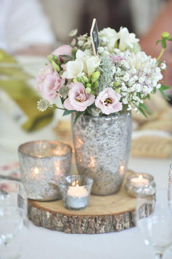 Pastel pink wedding flowers | Image by Awardweddings