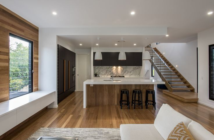 Sydney Road, Camp hill was a project we completed 2015 for Residesign Homes. Works completed in this project – Kitchen – Dulux Vivid White & Klavier (dark) door fronts, 60mm/30mm Quantum Quartz Alpine White benchtops, featuring a Natural Calcutta stone splash back. Sharknose handles, integrated bin and MIELE appliances. Butlers Pantry – Dulux Vivid …