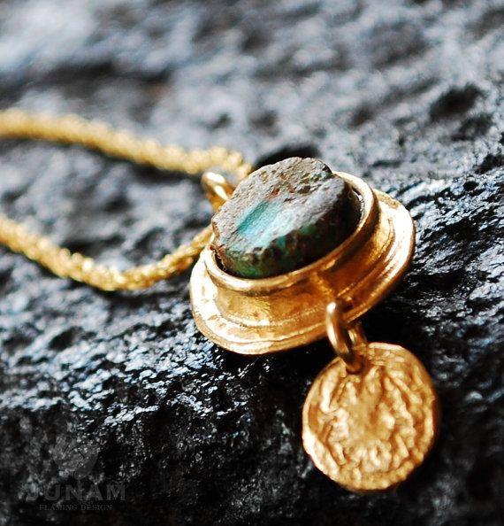 Золотое колье с бирюзой Подвеска 18 каратного покрытием, золотую цепочку заливки, уникальный и красивый, грубая бирюзовый, довольно ожерелье