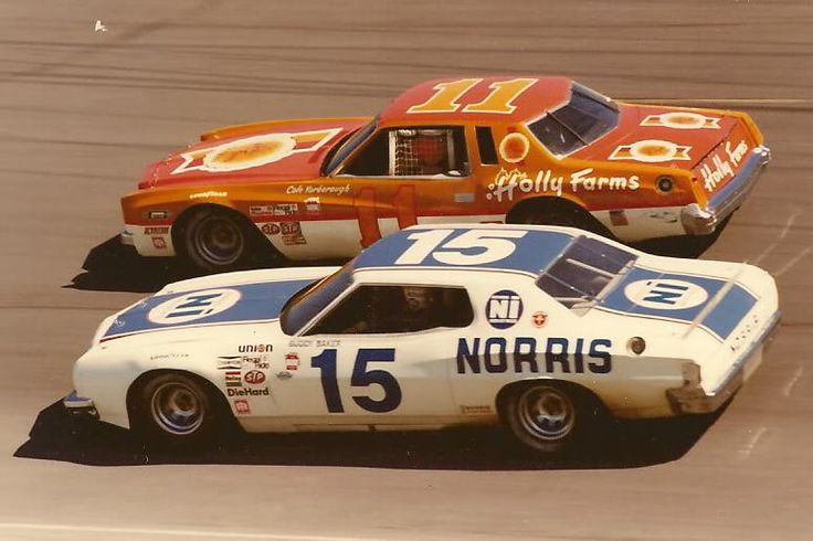 Cale Yarborough 1975 Gallery