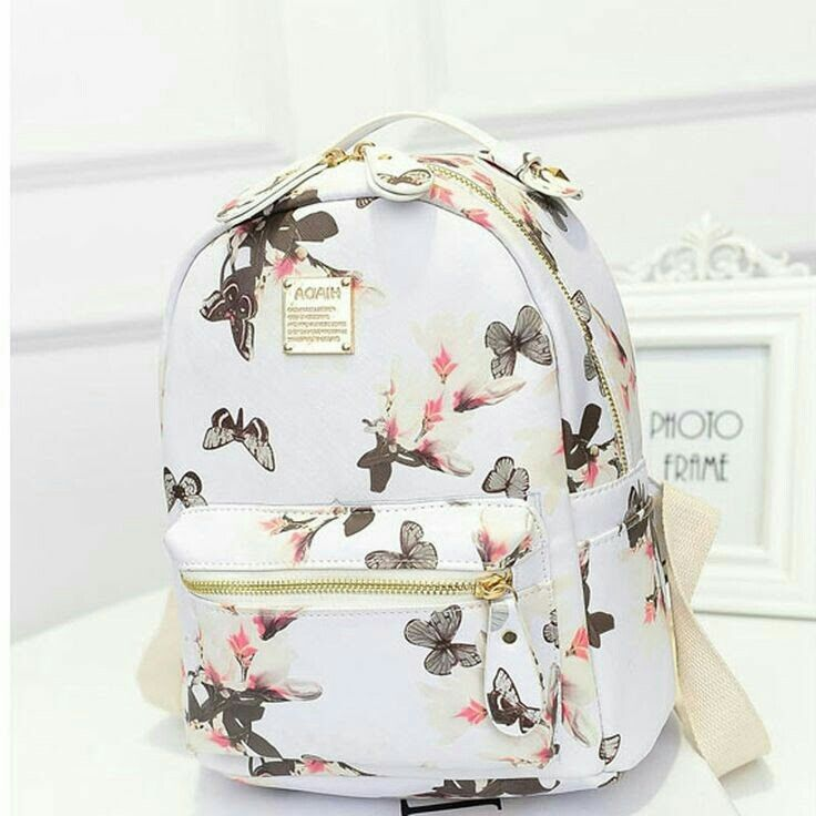 Cute spring white butterfly bag with gold zipper