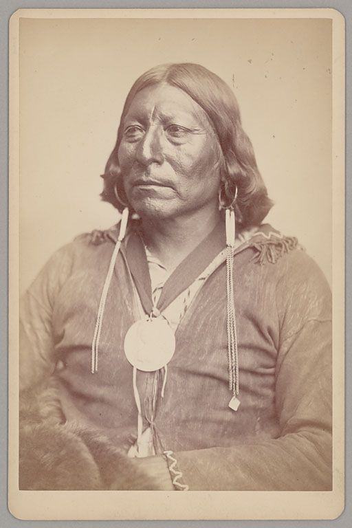 Share Tweet Pin Mail In early times both men and women of the Omaha/Ponca had their ears pierced for the first time at a ...