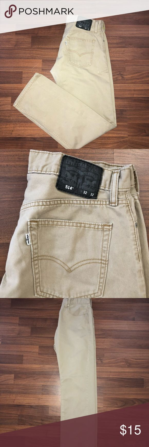 Men's Levi 514 jeans size 32X32 Men's Levi 514 jeans size 32X32. This are light tan pants. They are in good condition, small rub in crouch as shown that's not noticeable when wearing and not bad at all. That why I have them price so low Levi's Jeans Slim Straight