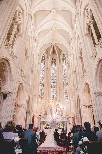 Interior iglesia del colegio Nuestra Señora del Pilar . Madrid