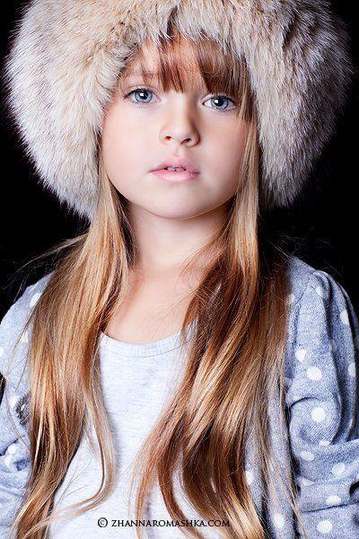 画像 : ロシアの天使クリスティーナ・ピメノヴァ(ピネノーヴァ)「世界一の美少女」に見つめられる画像 - NAVER まとめ
