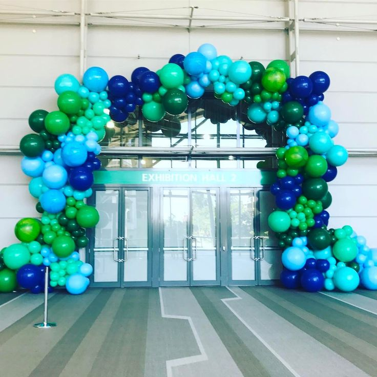 "260 Likes, 9 Comments - @belleballoons on Instagram: ""Just a ""little"" something we created in Brisbane yesterday #balloonarch…"""