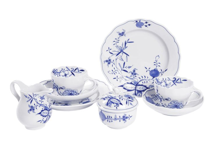 "Coffee set, Shape ""Neuer Ausschnitt"", Blue Onion ""Style"" cobalt blue, white rim"