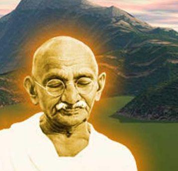 Σύμφωνα με το μεγάλο Ινδό ηγέτη, Μαχάτμα Γκάντι τα παρακάτω συνιστούν τα 7 αμαρτήματα της κοινωνίας. Στην κοινωνία που αυτός οραματίστηκε οι άνθρωποι δεν πρέπει να έχουν: