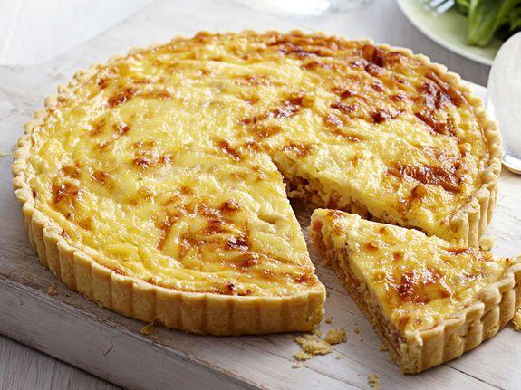 Что может быть лучше в такую погоду, чем кусочек знаменитого французского пирога?