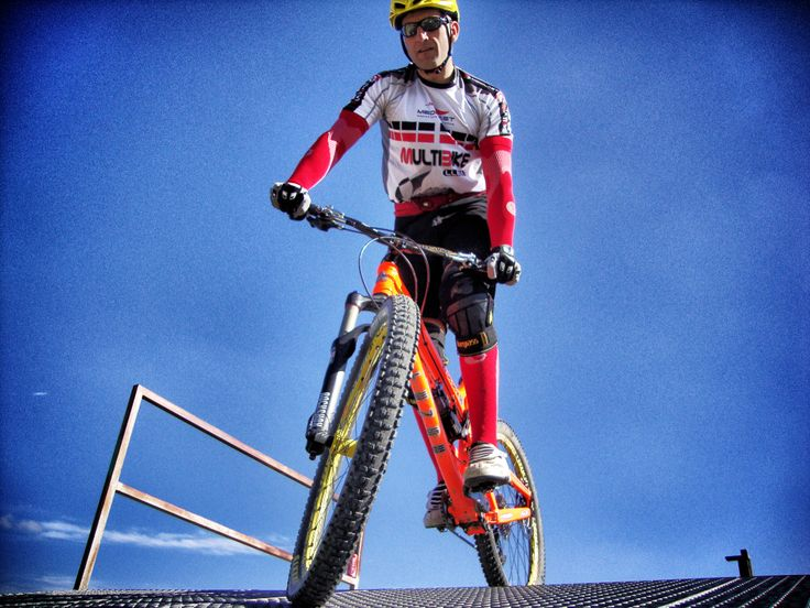 Nacho Vallina Molero - Medilast Multibike Lleida  Downhill Four Cross de Gardeny