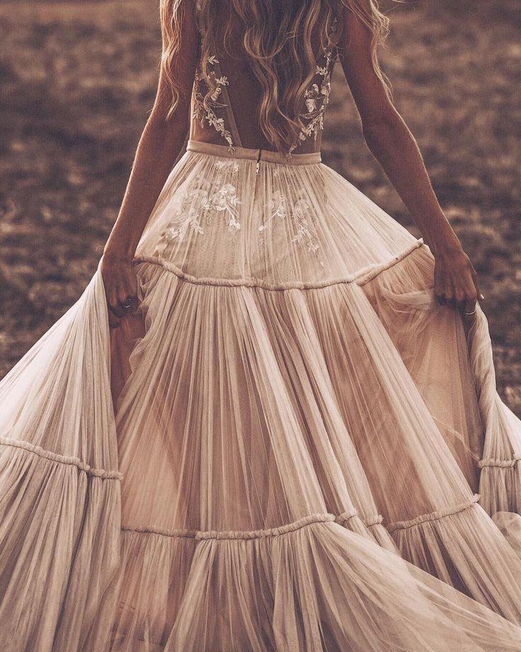Esta novia ha enamorado a Instagram con el vestido más increíble que hemos visto nunca