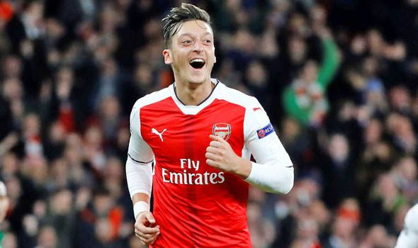 Is this the big hint that Mesut Ozil has rejected Man Utd and signed new Arsenal contract?   via Arsenal FC - Latest news gossip and videos http://ift.tt/2g5Ht62  Arsenal FC - Latest news gossip and videos IFTTT