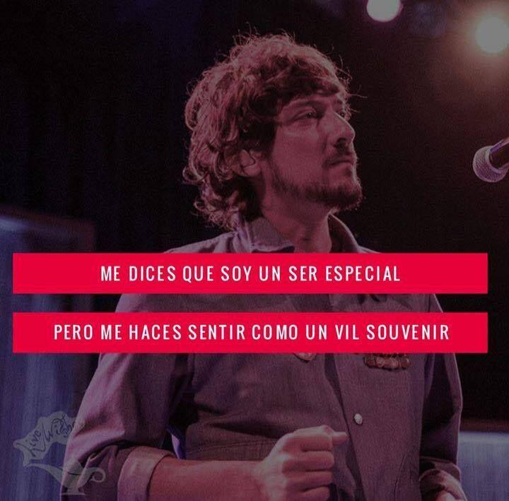 Seguimos con el rush del Fuerza Rock Festival. Aquí nuestra #FraseMusical de le noche...  Cuál fue su canción favorita de León Larregui?