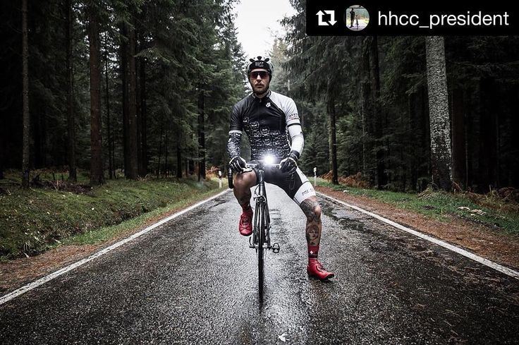 #Repost @hhcc_president  The wheater doesnt matter go out and ride your bike massive thanks to @kumpel.jot for the     #GUEE #bikelight #safetyride #heavenandhellcycleclub #hhcc #heavenandhelden #stuttgartervelohelden #kesseltraining #eingangeinegang #blackforest #cycling #outdoors #biking #bike #cycle #bicycle #instagram #fun