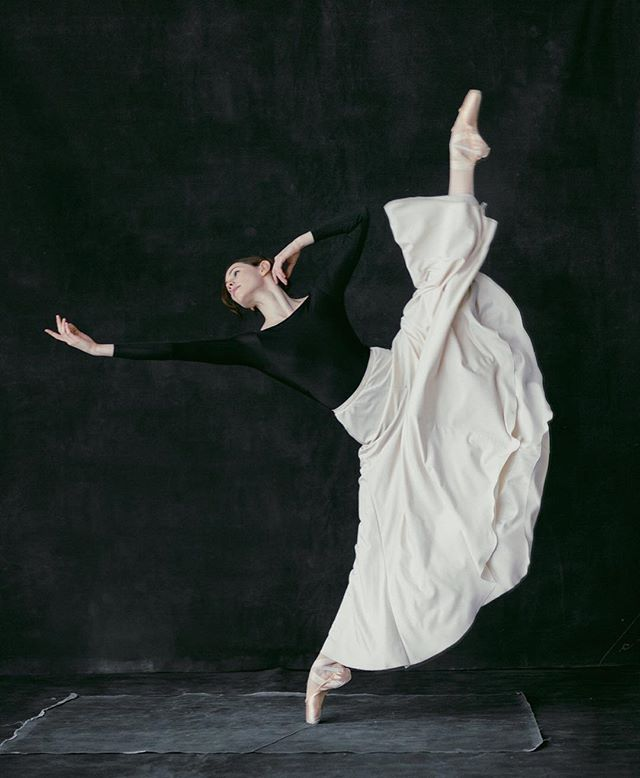 Creative Education of Canada Ballet Beauty Flats, Medium