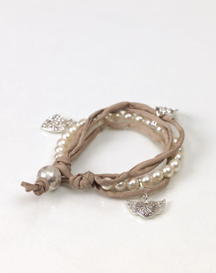 Armbänder aus Seidenbändern - Do it Yourself, DIY, Perlenkette, Brautjungferngeschenke, Schmuck, Selbermachen, Anleitung