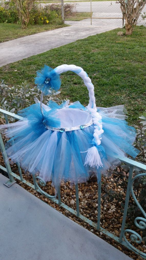 74 best easter images on pinterest easter baskets basket ideas frozen themed easter basket absolutely by clairesfrontdoor on etsy negle Images
