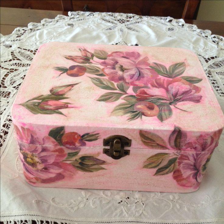 Scatola decoupage colore rosa