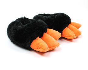 These awesome #Penguin Feet Slippers make noise when you walk in them!