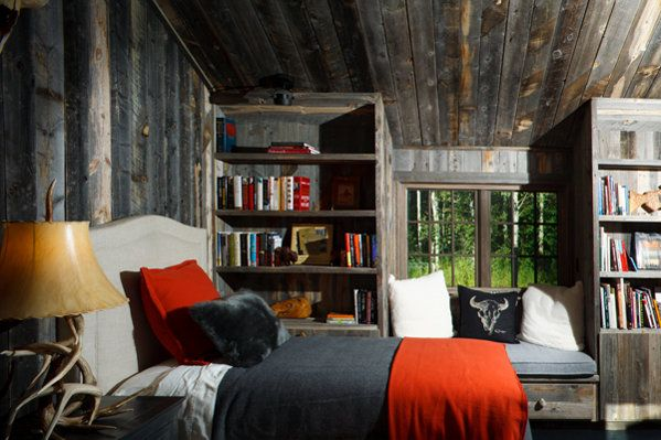 This is a gorgeous cabin interior.