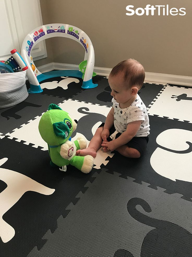 SoftTiles Safari Animals Play Mat in Black, Gray, and White gives children a fun, beautiful, and soft place to play! #playmat #playroomdecor