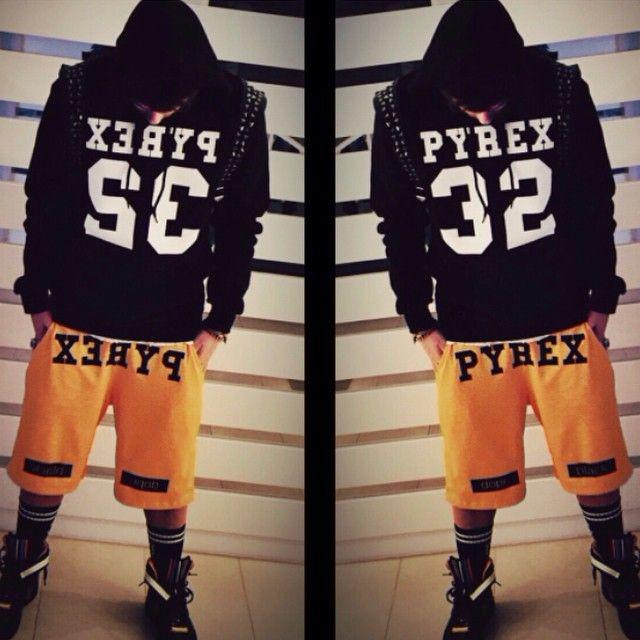 pyrexoriginal32