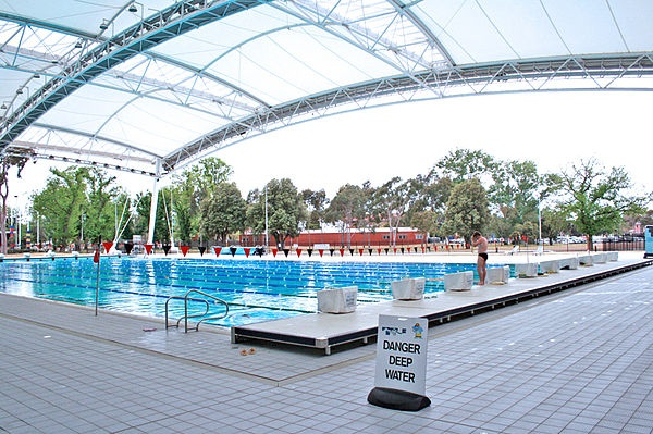 MSAC (Melbourne Sports and Aquatic Centre) outdoor completion pool