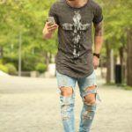 Ripped Jeans Tshirt Man 1