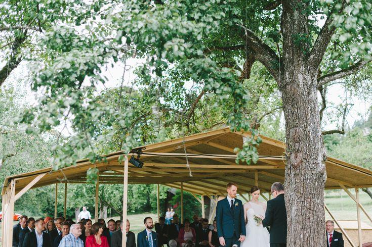 Outdoor ceremony | Julia Lillqvist | Yvonne and Carolus | http://julialillqvist.com