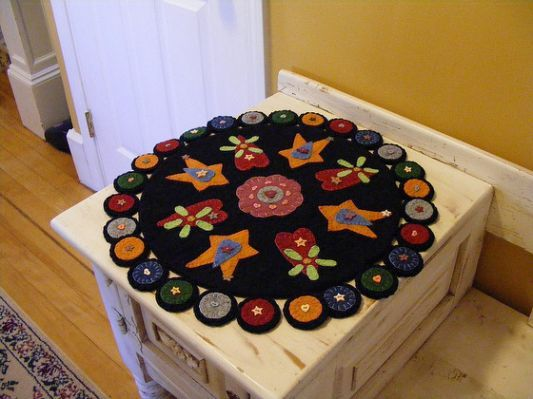 Penny rug | Sewing: Fun with Felt